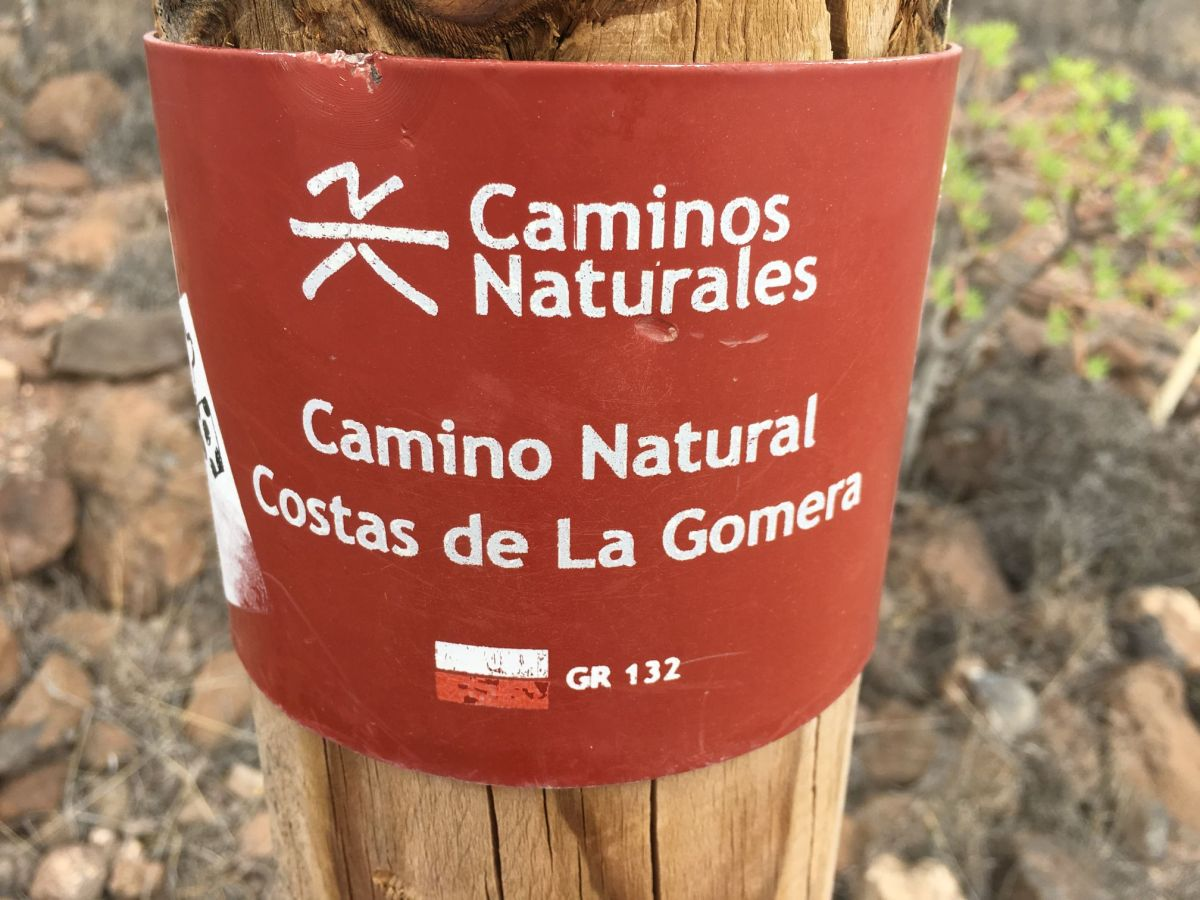 La Gomera pėsčiomis (1 dalis)  –> Apie TAI be ko gyventi negalima: maistas irkelias